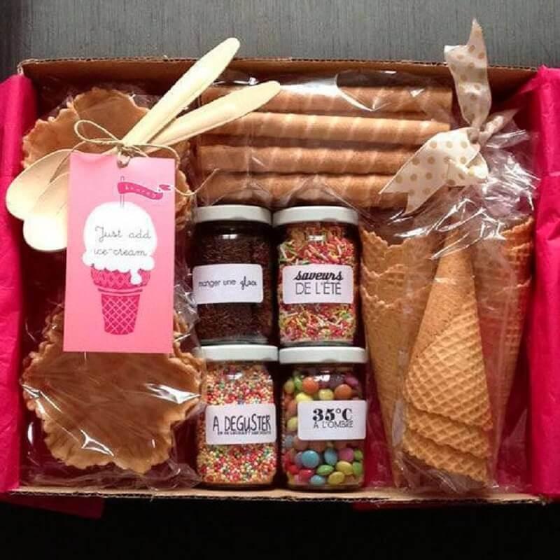 festa sorvete com caixa surpresa infantil Foto Drika Artesanato