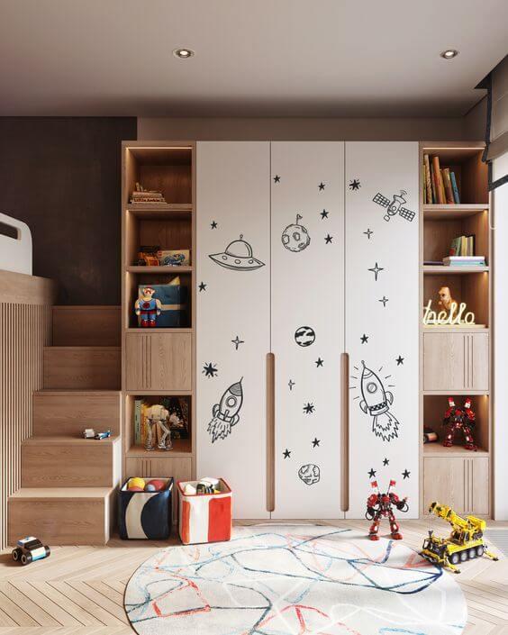 Guarda roupa infantil com nichos para brinquedos