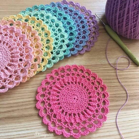 Crochê para iniciantes colorido