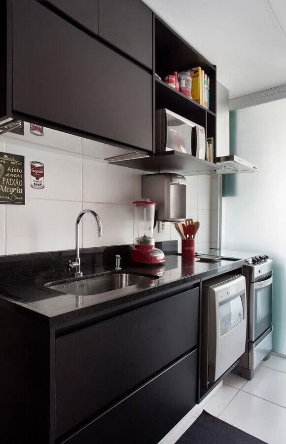 ideias para decorar cozinha pequena preta moderna Foto Dcore Você