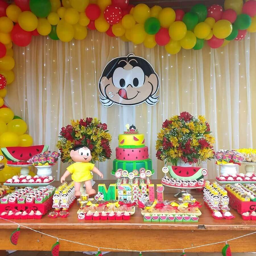 beautiful magali party decoration with lots of balloons and light curtain Photo Kixodô Parties