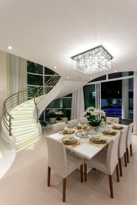 Mansão com sala de estar luxuosa