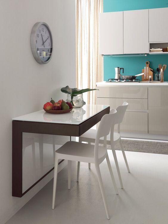 Aposte na mesa para cozinha pequena dobrável para ter praticidade