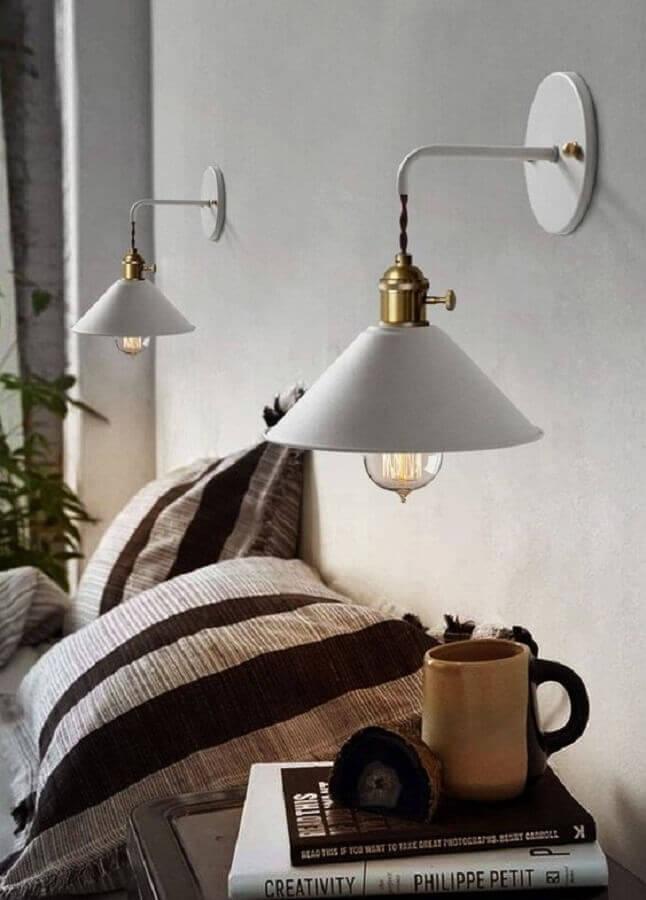 modelo clássico de abajur de parede Foto Pinterest