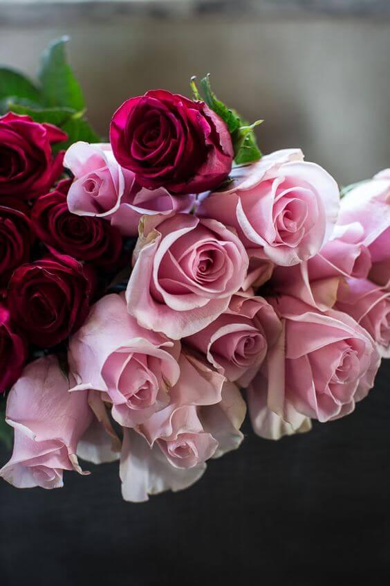 Misture tons para ter arranjos lindos com flores rosas