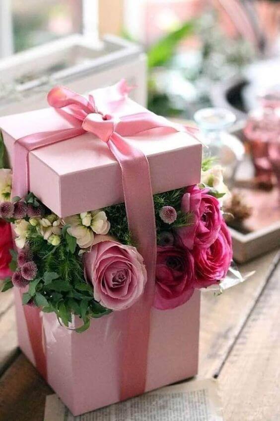 As rosas são lindos presentes
