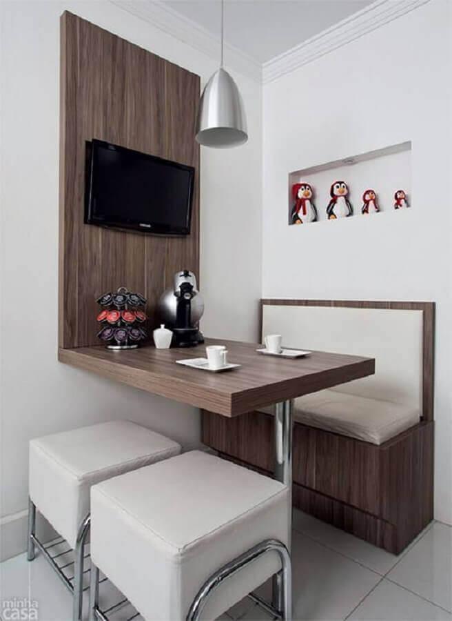 sala de jantar pequena decorada com mesa com banco estofado Foto Casinha Arrumada