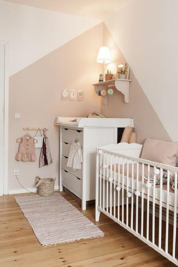 tinta cor pérola para decoração de quarto de bebê com móveis branco Foto Archilovers