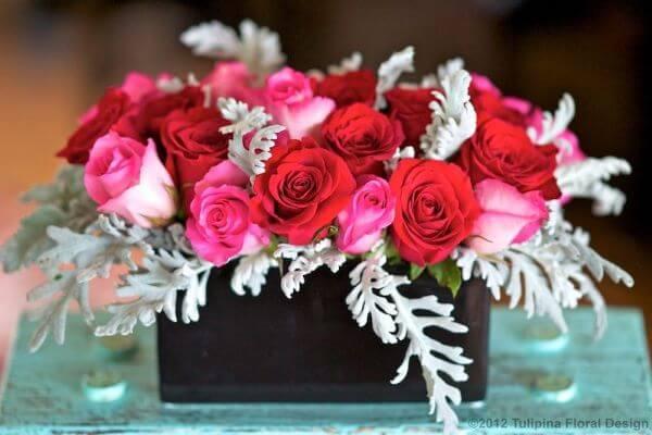 Rosas vermelhas e cor de rosa
