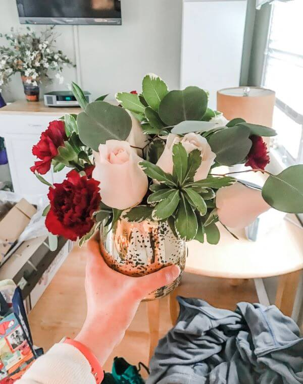 Decore sua casa com vaso de rosas