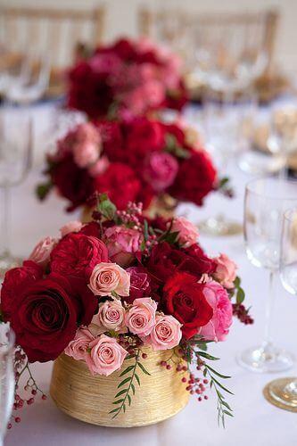 Decoração de festa com rosas