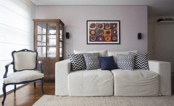 A cristaleira de madeira maciça para uma obra de arte