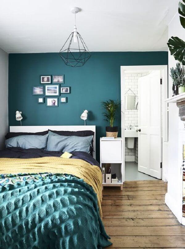 Cores para quartos: os tons da parede podem se conectar com as roupas de cama