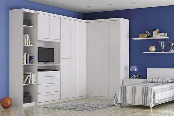 Guarda roupa de canto modulado e solteiro com espaço para TV