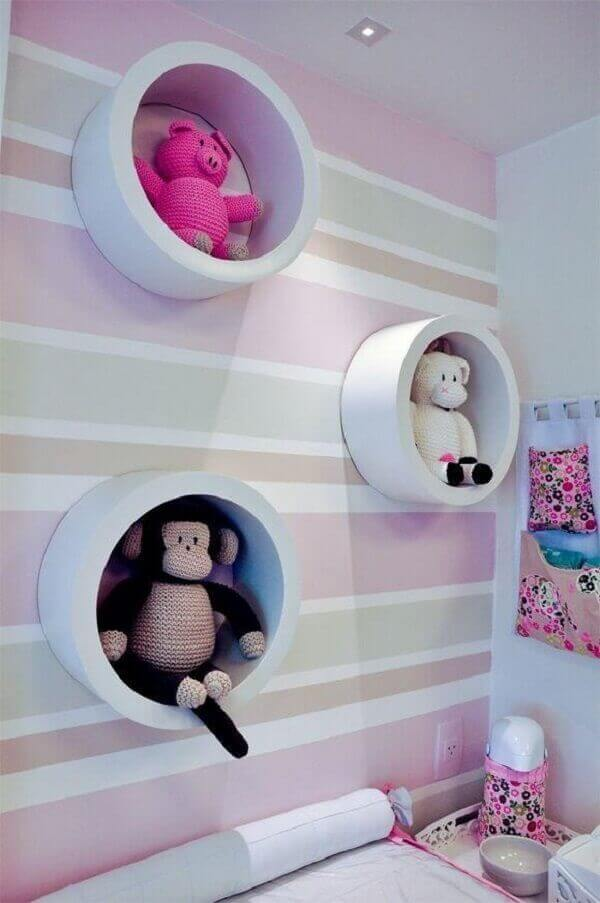 Round-shaped wall niches can accommodate multiple stuffed animals