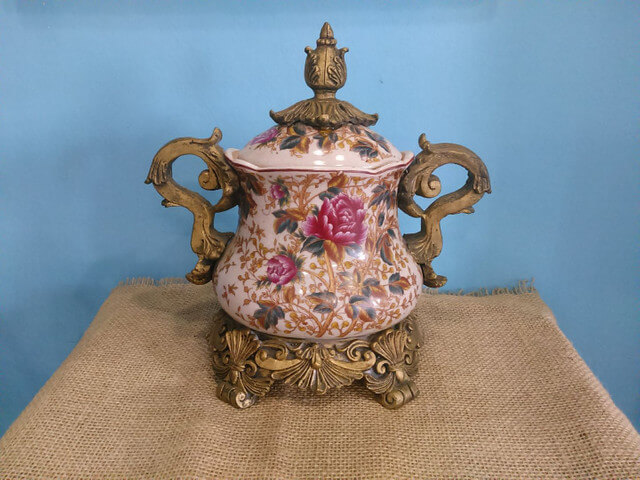 ânfora vintage e pequena para decoração retrô