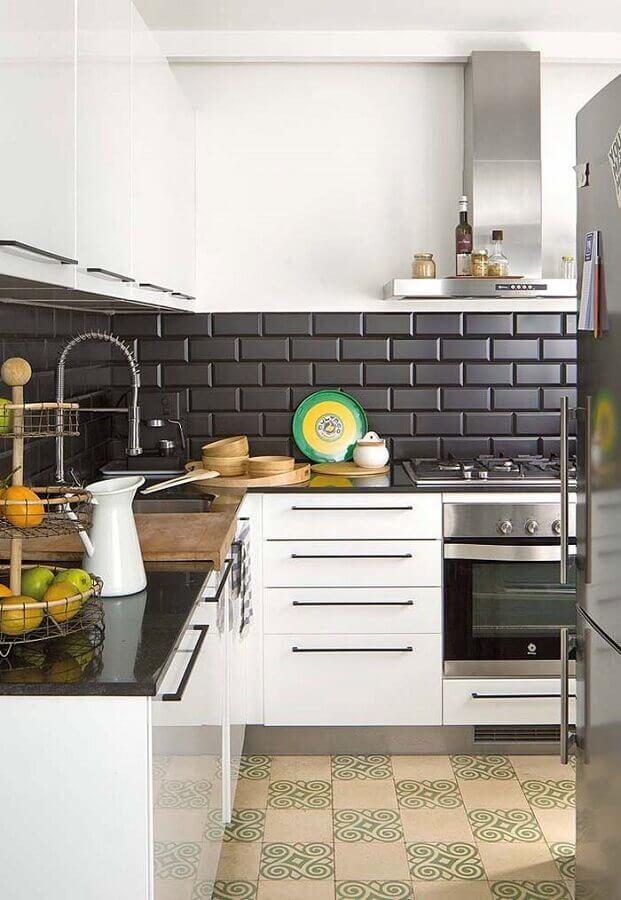 armário branco de cozinha de canto Foto Pinterest