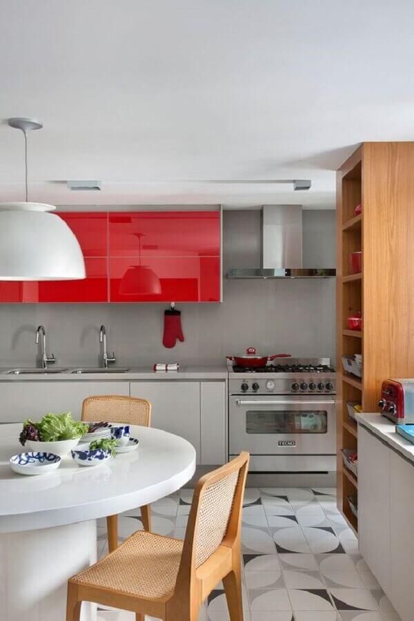 armário de cozinha branco e vermelho planejado moderno Foto Casa de Valentina