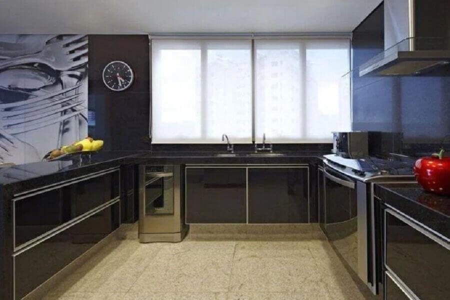 armário de cozinha completo preto em U Foto Gislene Lopes Arquitetura
