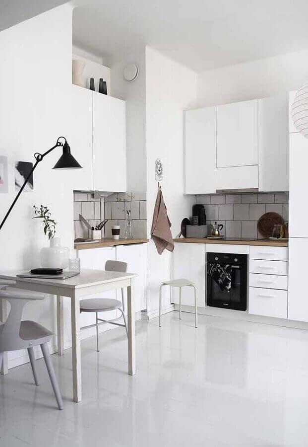 bancada de madeira para armário de cozinha planejado branco de canto Foto Ideias Decor