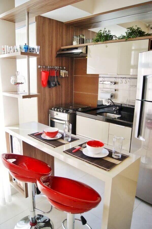 bancada para cozinha americana pequena com banquetas vermelhas Foto Pinterest