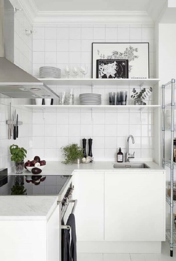 bancada pequena de canto para cozinha toda branca Foto Pinterest