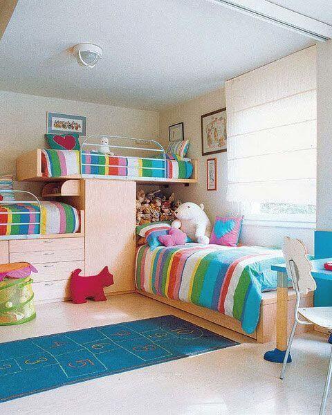 Beliche planejada infantil com armários