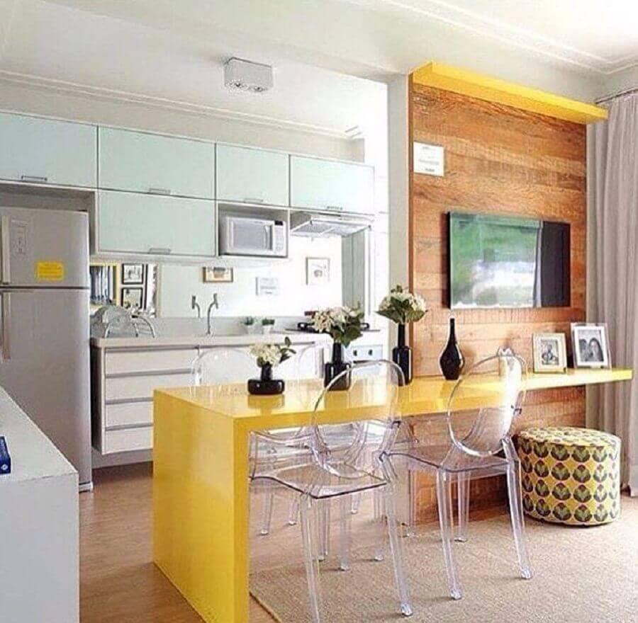 cadeira transparente para bancada de cozinha americana Foto Nossa Casa