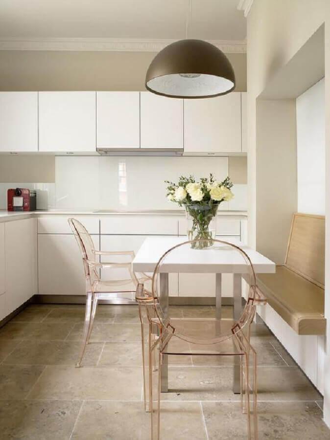 cadeira transparente para cozinha planejada branca Foto Pinterest