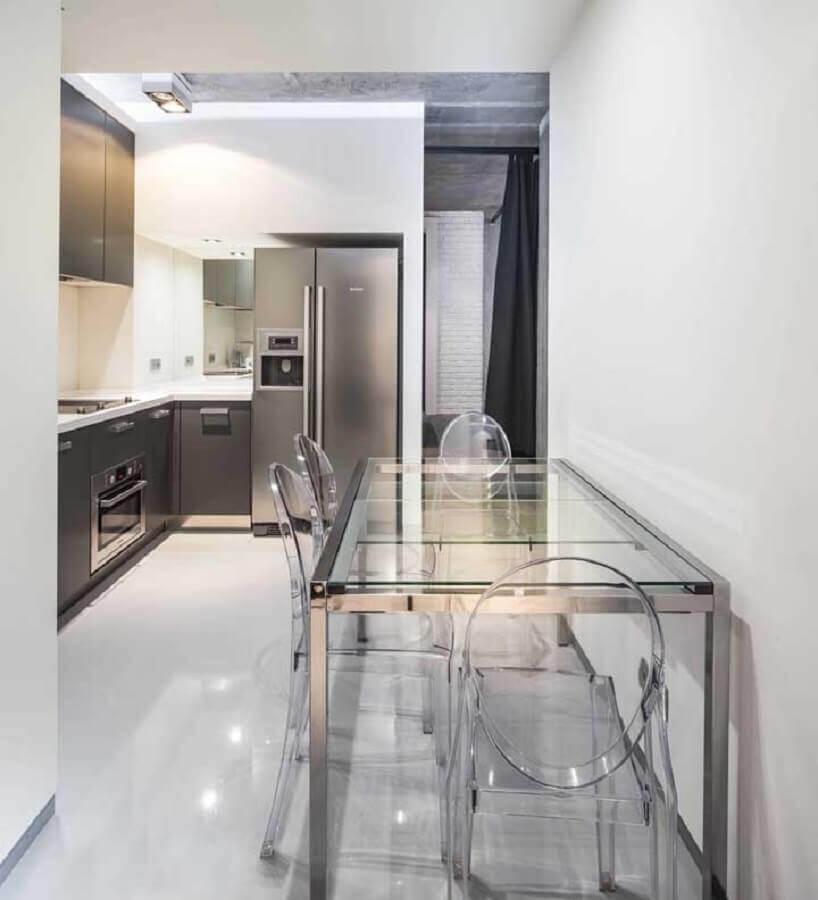 cadeira transparente para cozinha planejada com mesa de vidro Foto Houzz