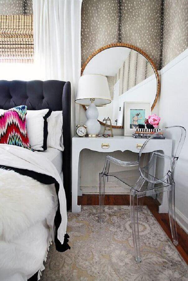 cadeira transparente para quarto com penteadeira branca Foto Home Fashion Trend