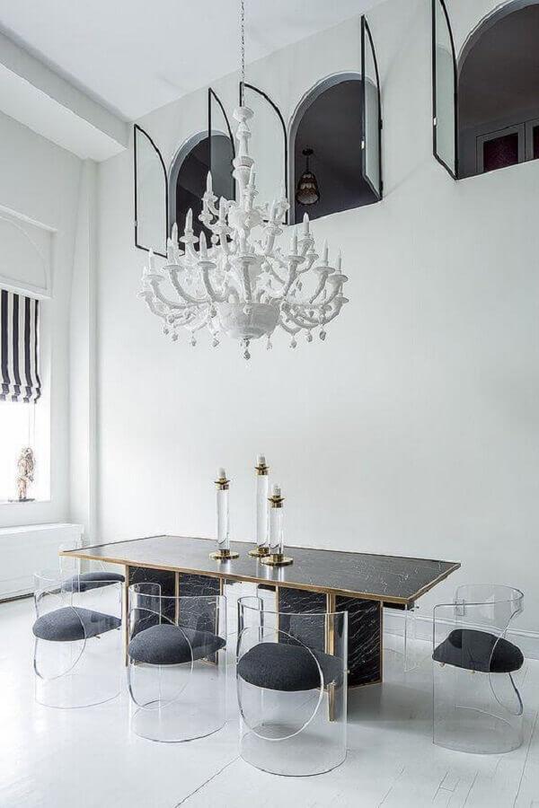 cadeiras de acrílico transparente para sala de jantar sofisticada e moderna Foto Houzz