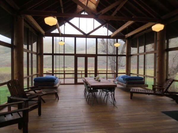 Casa com cama flutuante