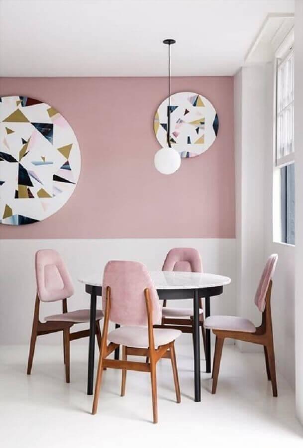 cor rosa chá para sala de jantar minimalista Foto Apartment Therapy