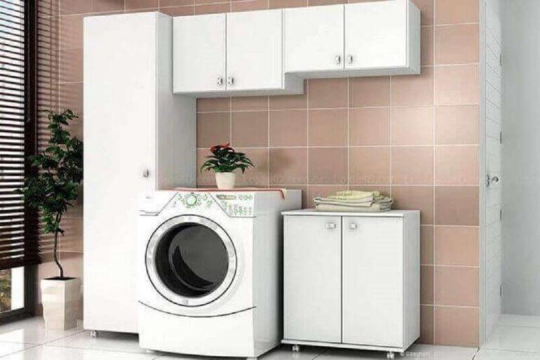 decoração com conjunto de armário multiuso para lavaderia Foto Revista VD