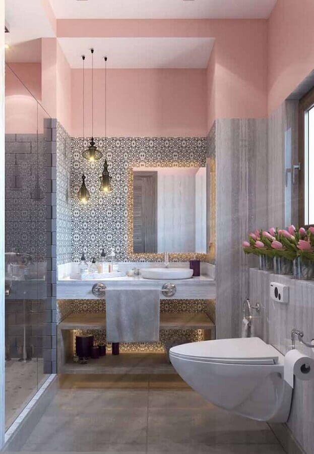 decoração de banheiro cinza e cor rosa claro Foto Pinterest