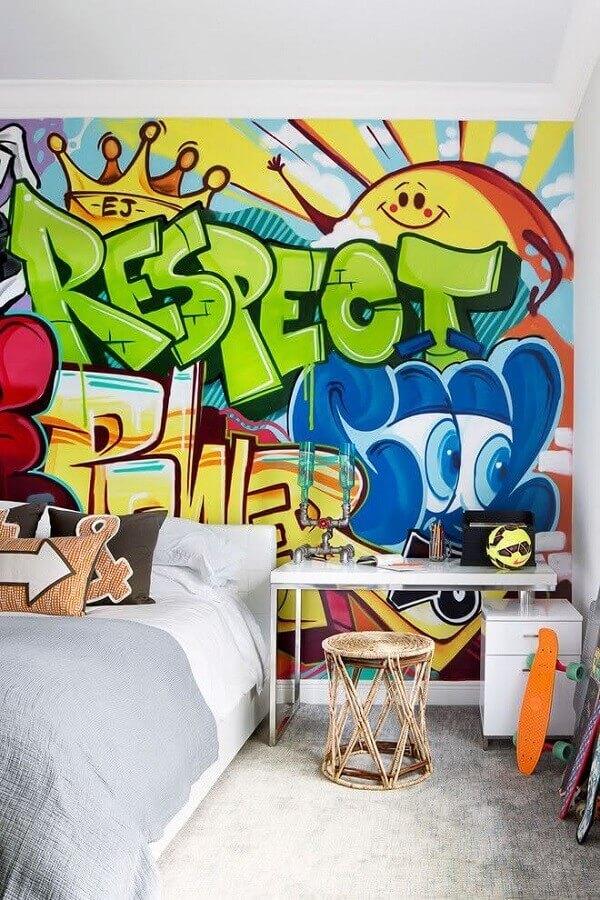 decoração de quarto de adolescente masculino com grafite na parede Foto Home Fashion Trend