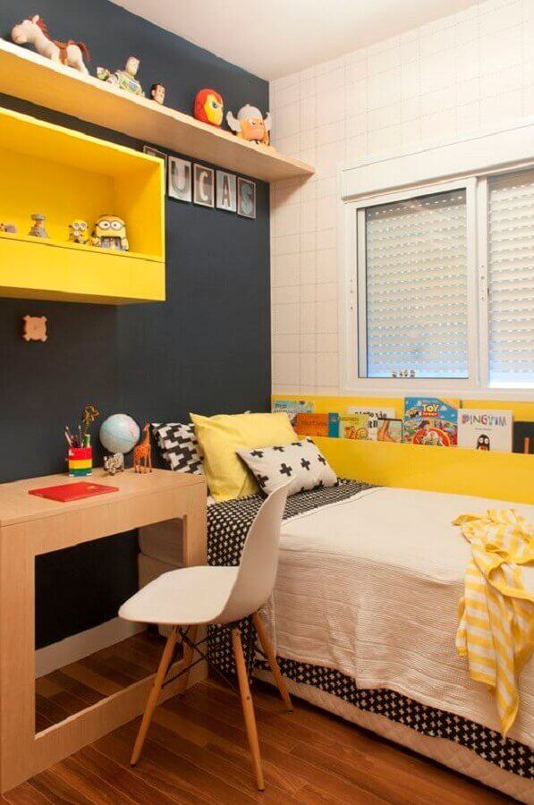 decoração de quarto de adolescente masculino simples cinza e amarelo Foto Casa de Valentina
