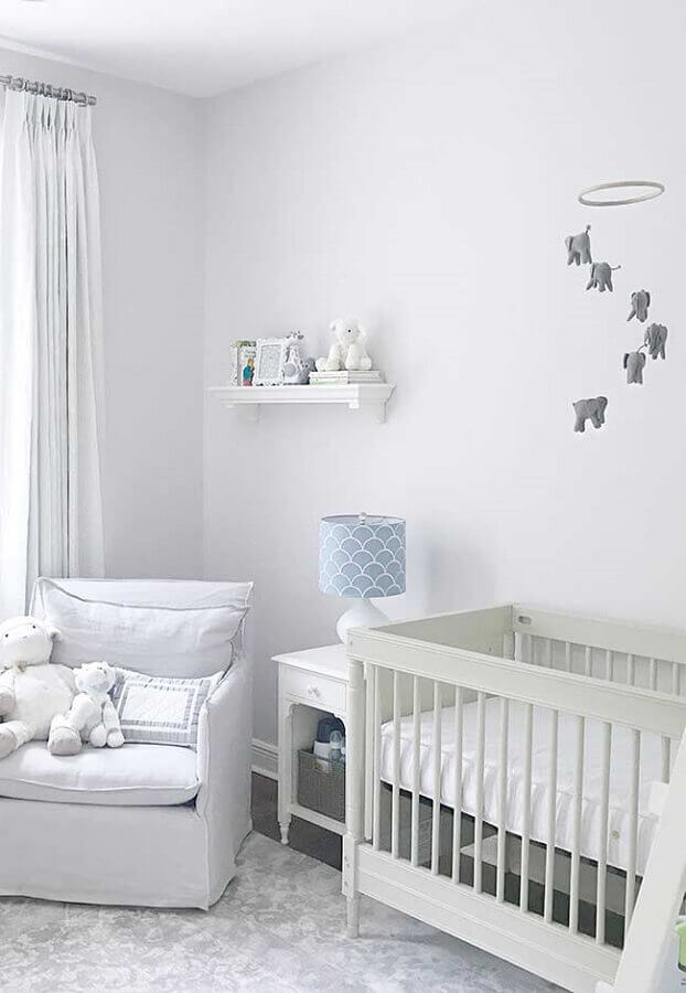small white and gray baby room decor Foto Arte & Tear