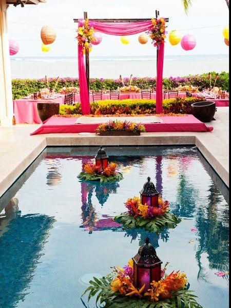 Festa na piscina com decoração árabe