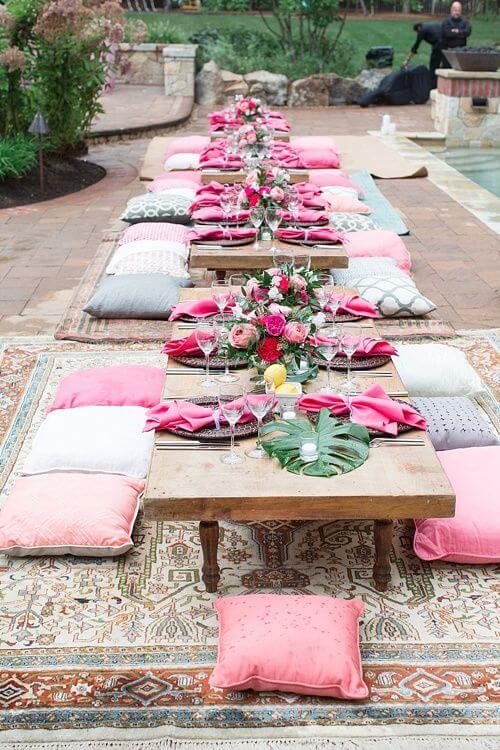 Festa decoração árabe com almofada para sentar