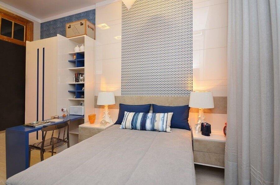 papel de parede para quarto masculino azul e branco Foto Jeito de Casa