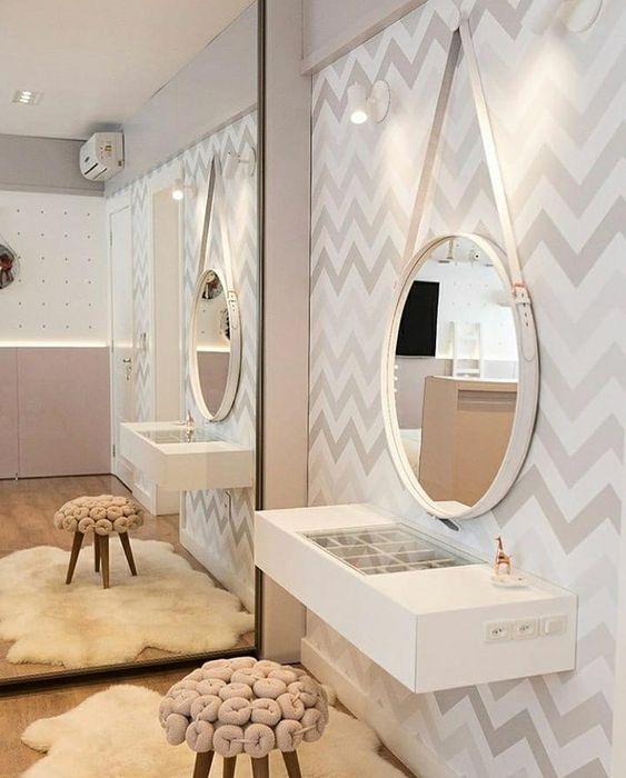 Penteadeira suspensa com espelho adnet