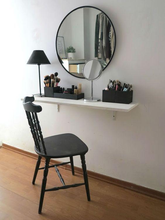 Escolha cadeiras bonitas para sua penteadeira suspensa