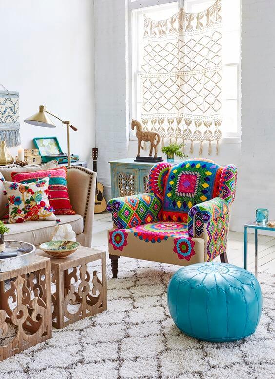 Poltrona colorida para decoração árabe