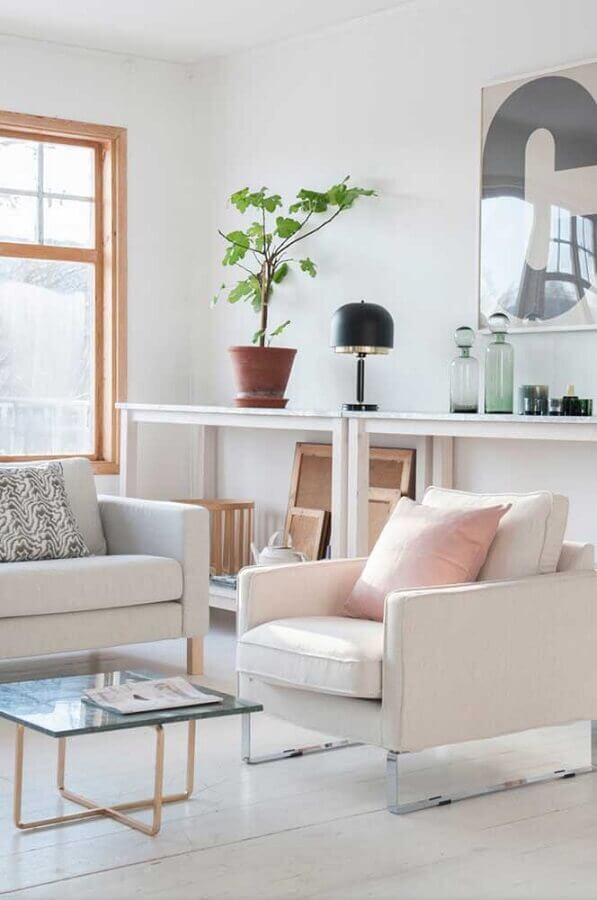 poltrona decorativa para sala branca Foto Apartment Therapy