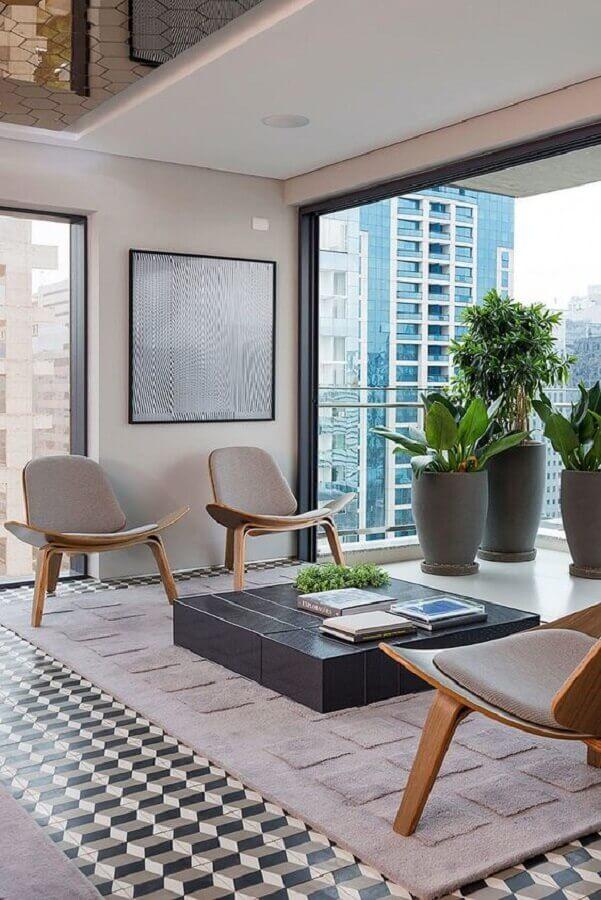 poltrona decorativa para sala moderna integrada com varanda Foto Casa de Valentina