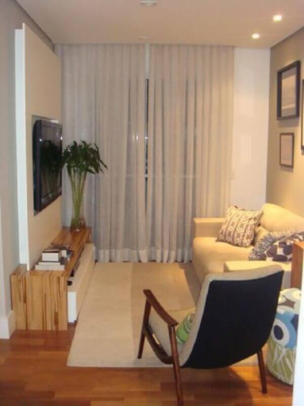 poltrona ideal para sala pequena decorada em tons neutros Foto Archilovers