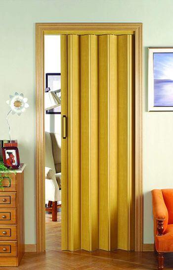 A porta sanfonada pode ser da cor que você quiser