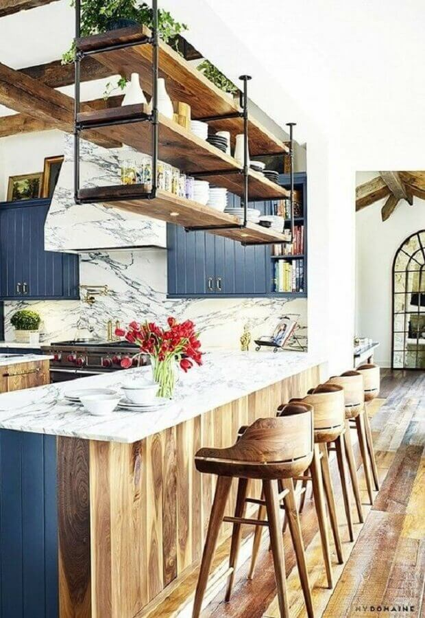 prateleira industrial suspensa para cozinha americana Foto Pinterest